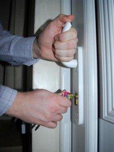 door lock broken: upvc handle wont lift